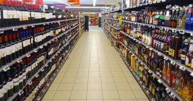 Dwell time at supermarket wine display